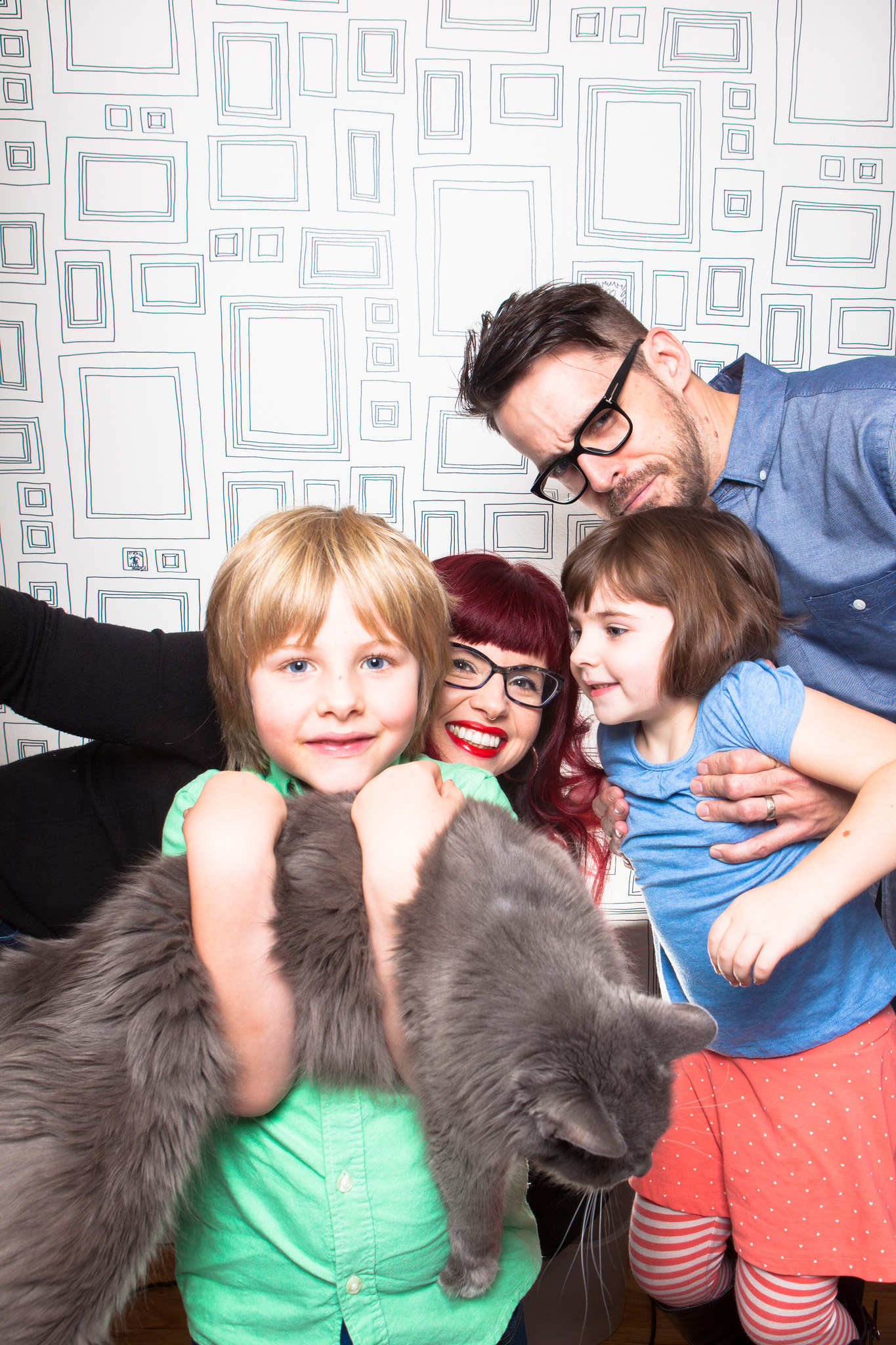 Kelly, Matt, and their two adorable children.